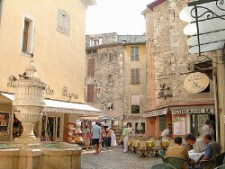 Vence apartments to rent